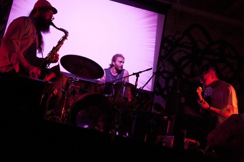 zs_live_2012_hi-res