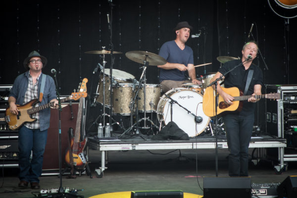 2016-MountainJam-JasonIsbell-5
