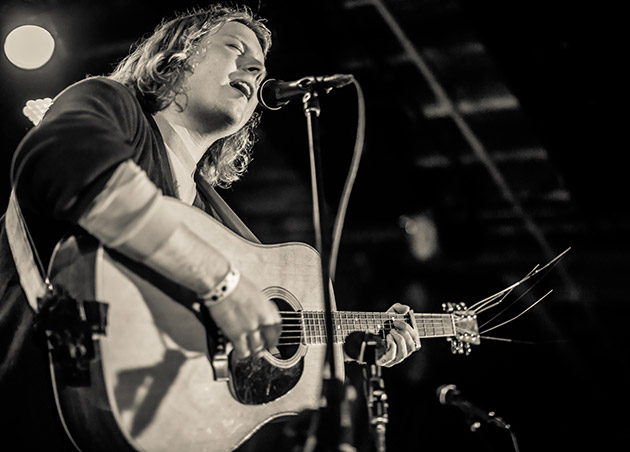 ty-segall-4